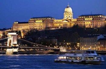 Budapest Notturna sul Danubio